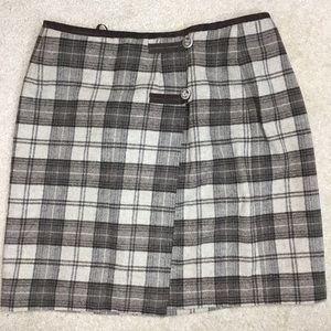 Gap wool plaid mini wrap skirt with buttons sz 12